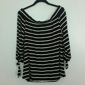 Black and White off the Shoulder Top SZ L